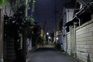 深夜の住宅街