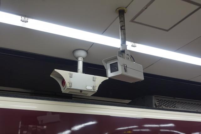 駅防犯カメラ